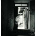 ul. Berka Joselewicza 5, korytarz na podwórze, tu mieszkał Mordechaj Gebirtig
